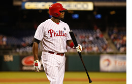 Ryan Howard grounds out