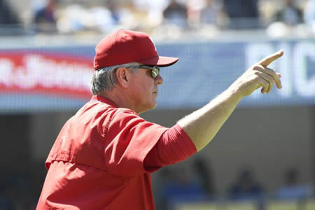 Pete Mackanin Pitching Change
